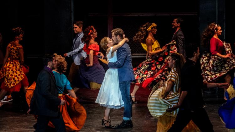 Végzetes romantika Szegeden – Kritika a West Side Story-ról